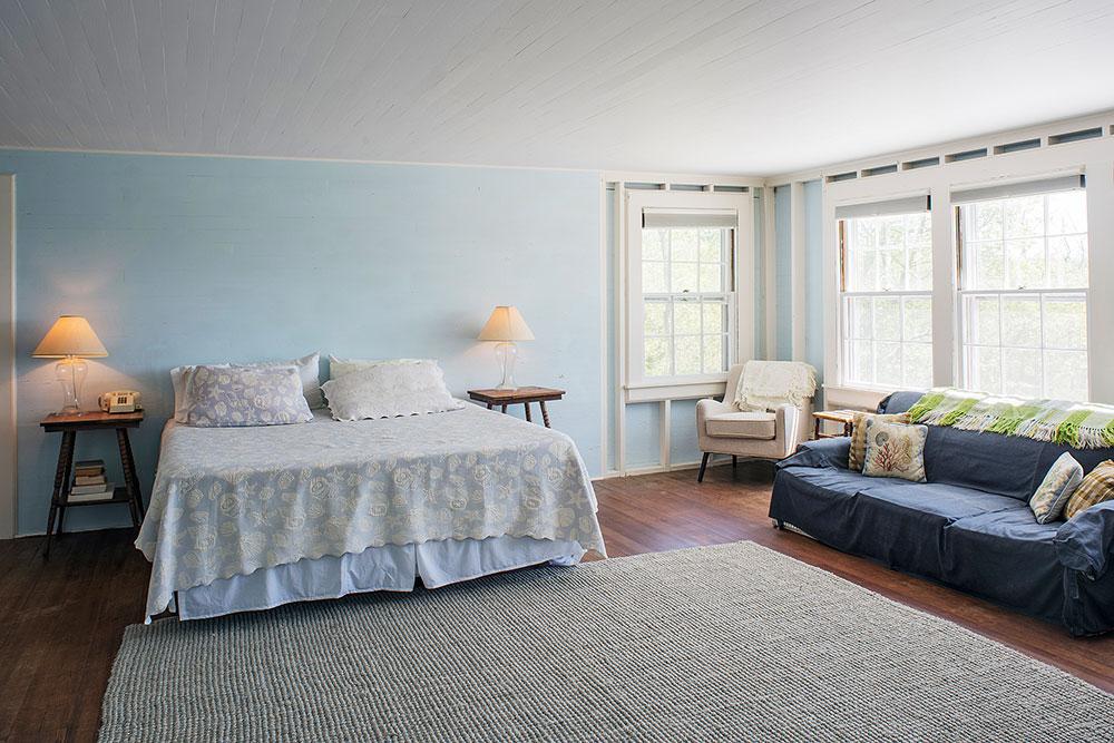 LakeHouse18-07-bedroom